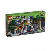 LEGO Minecraft 21147, Berggrundsäventyren